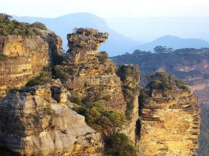 Blue Mountains Rocks formations - Boars head rock
